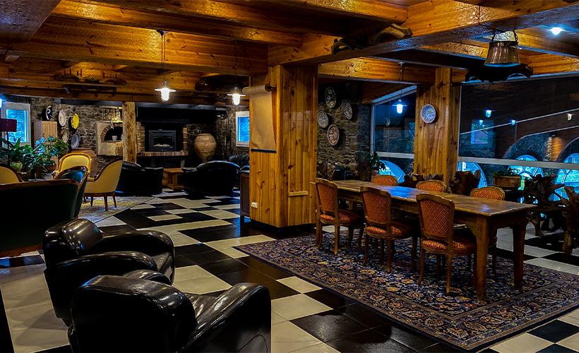 Bar - Llop Gris Mountain Hotel